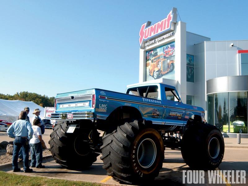 129_1102_02_o+129_1102_february_2011_rpm_off_road_truck_news+summit_racing_ford_f150_project_tru.