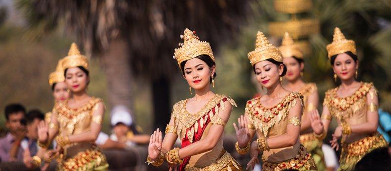 songkran-angkor-apsara.